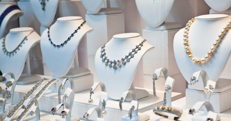 Razones para comprar joyas de plata